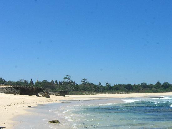 Newa Sumba Resort: Kodi Beach