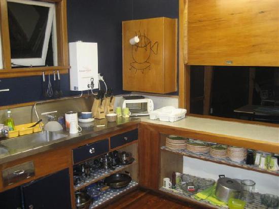 Akron Lodge: Kitchen