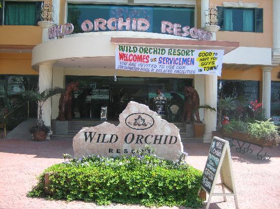 Entrance, Wild Orchid Resort, October 2006.