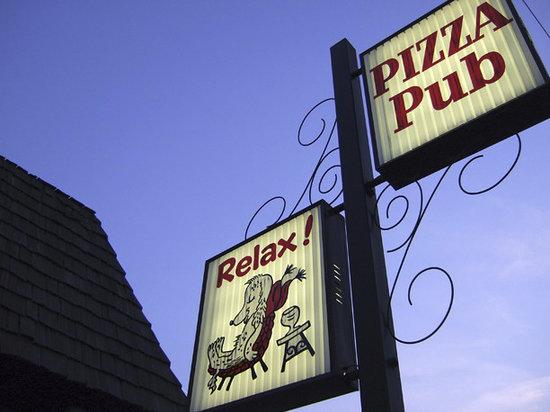 Pizza Pub - Relax!
