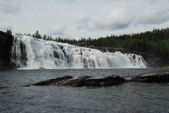 Saskatchewan, Canada: lefty falls