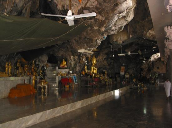 Krabi - Wat Tham Sua - Kuan Yin - Picture of Tiger Cave ...