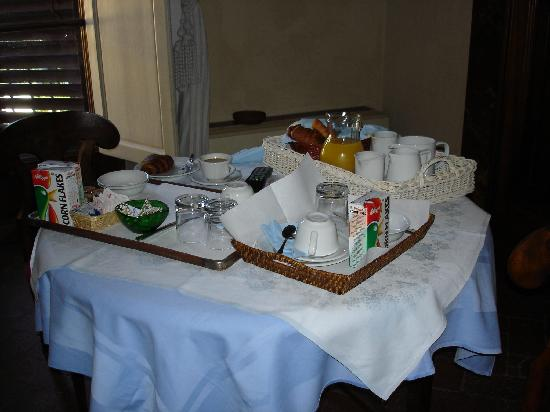 Residenza Santo Spirito - Antica Dimora: Breakfast at Residenza Santo Spirito