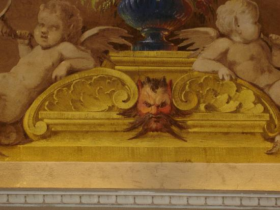 Residenza Santo Spirito - Antica Dimora: Our favorite fresco detail in the Gold Room, Residenza Santo Spirito