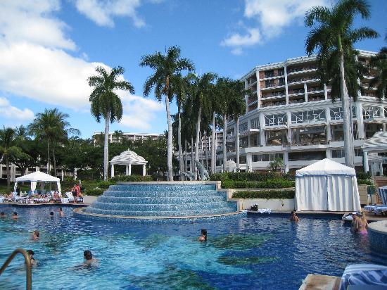 Adults Pool Picture Of Grand Wailea A Waldorf Astoria Resort Wailea Tripadvisor