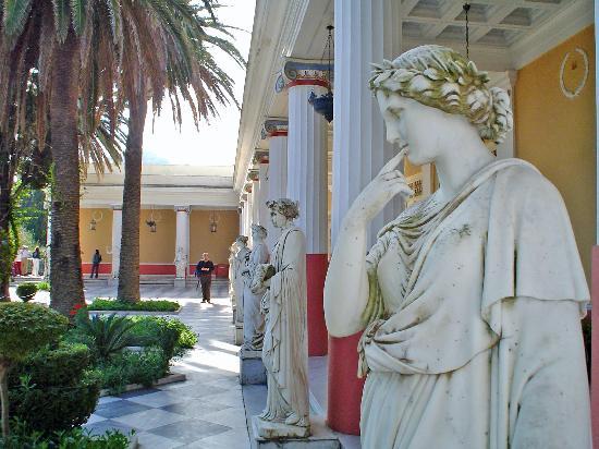Corfu, Greece: detalle de los jardines