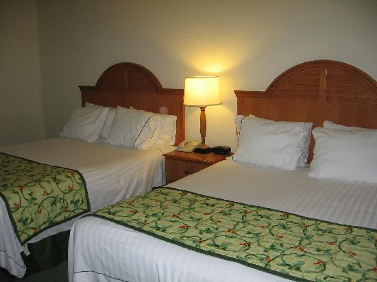 Fairfield Inn & Suites Anchorage Midtown: Comfy beds