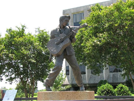 Statue Of Elvis Memphis 2020 All You Need To Know