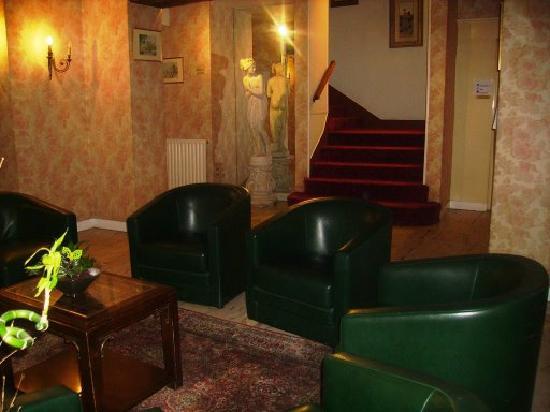 Hotel Wallace: Sitzgelegenheit im Eingangsraum