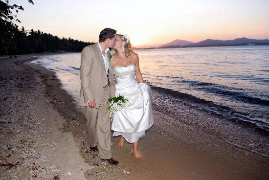 Dunk Island Wedding