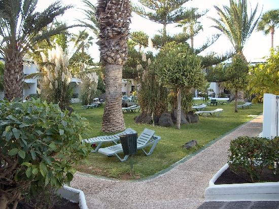 LABRANDA Playa Club: Garden area