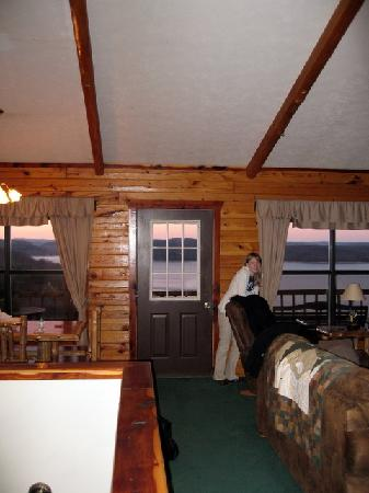Lake Shore Cabins on Beaver Lake: inside of cabin 6 from front door