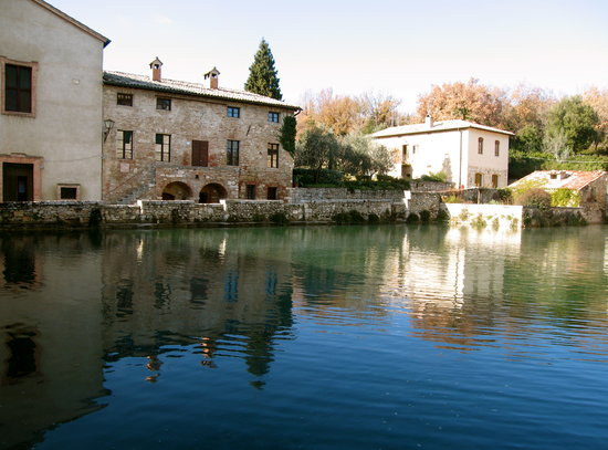 Montalcino, إيطاليا: Bagno Vignoni