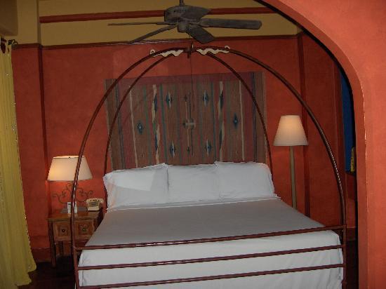 Hotel Figueroa: room 625