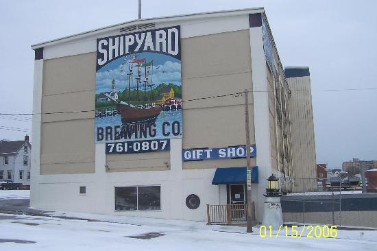 Shipyard Brewing Company: Shipyard In The Snow
