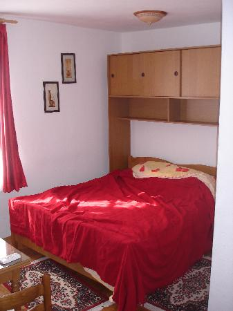 Palace Stafileo Apartments: Our Room Palace Stafileo