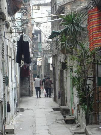 Side street in Guangzhou