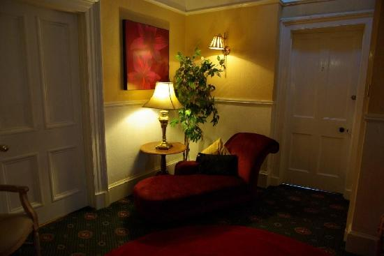 Abercorn Guest House: Inside the house