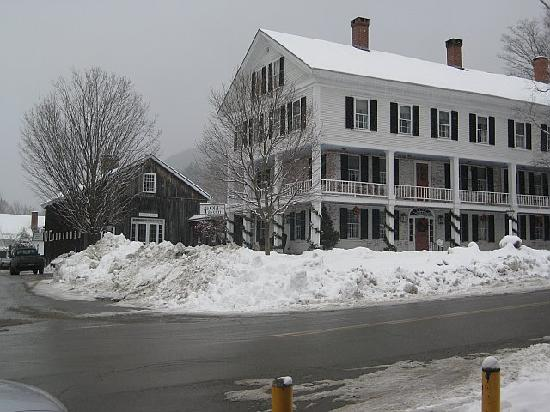 Grafton Inn: Inn and Phelps Barn