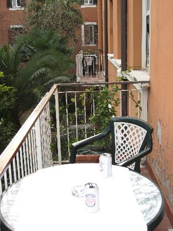 Domus Aventina : Room 36 Balcony (AWESOME)