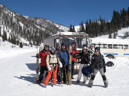 Silverton Mountain: Pick up by the shuttle bus