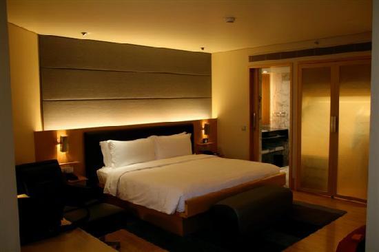 Grand King Bed Picture Of Grand Hyatt Singapore Singapore - Grand king bed