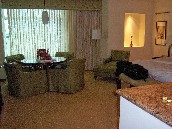 Seminole Hard Rock Hotel Hollywood : Rm 722 - really nice off South Tower
