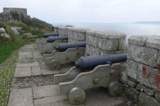 St. Michael's Mount: Defense