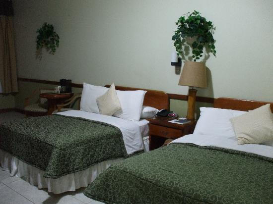 Adventure Inn: huge rooms