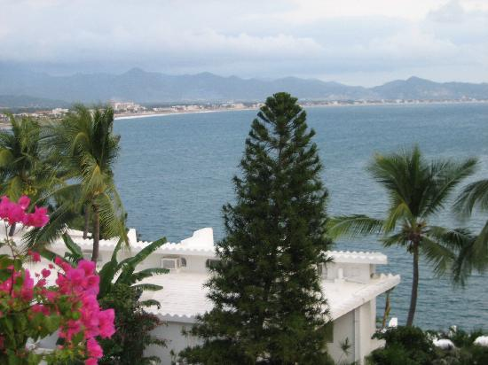 Dolphin Cove Inn: View from our balcony!