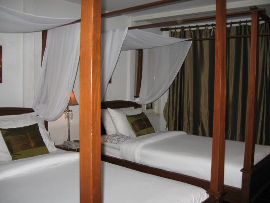 Ibrik Resort by the River : The River Room