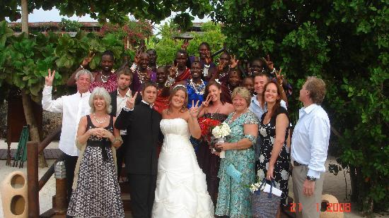 Diamonds La Gemma dell' Est: The Wedding party