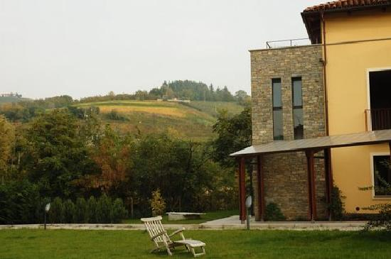 Hotel Langhe Grounds