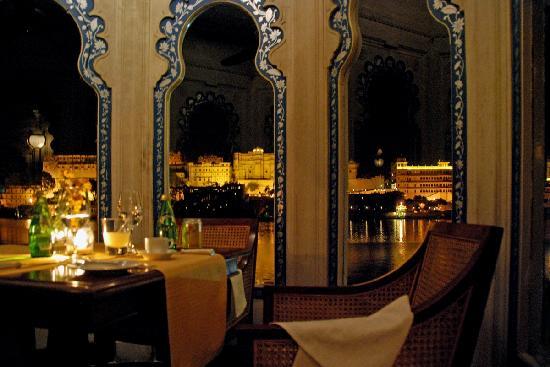 Taj Lake Palace Udaipur: Dinner