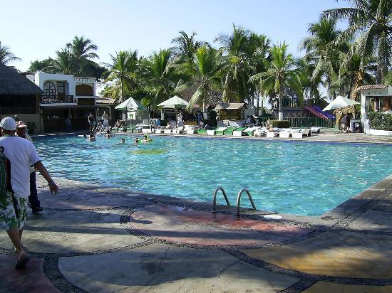 Hotel Vista Playa de Oro Manzanillo: main pool