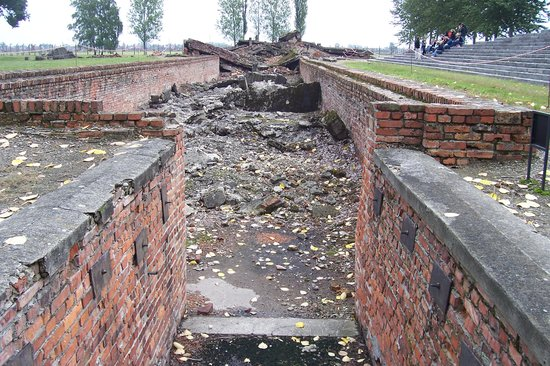 Cracóvia, Polônia: Steps to the gas chamber - Birkenau