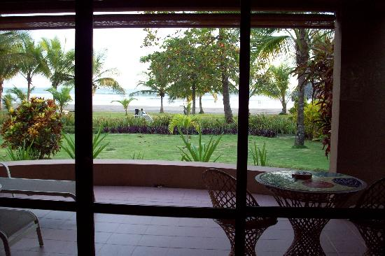 Alma del Pacifico Beach Hotel & Spa: View from our villa