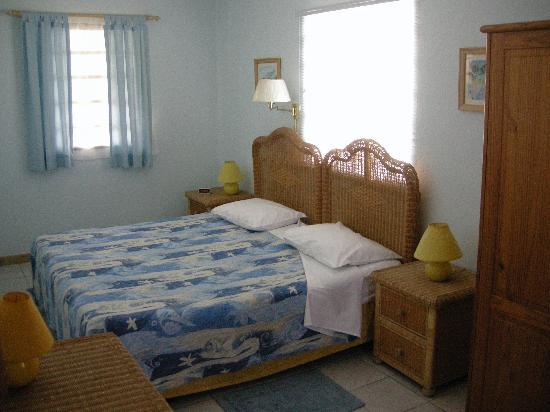 Turquoise Shell Inn: Room 2
