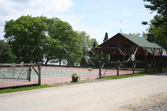 Kingsley Pines Family Camp: Front of Camp