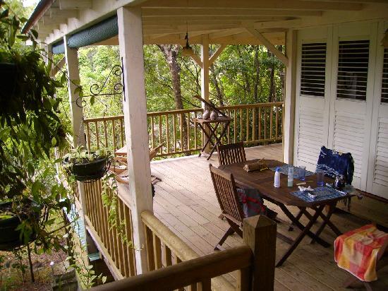 La cabane de robinson picture of au jardin des colibris for Au jardin des colibris