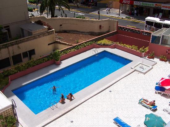 Checkin Concordia Playa: Piscina del hotel