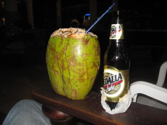 Villa Cofresi Hotel: A COCO PIRATA and a MEDALLA!
