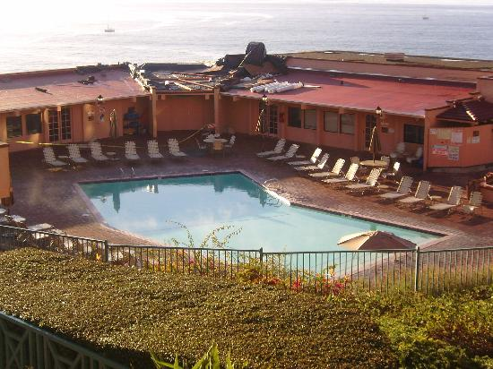 San Luis Bay Inn: Pool View