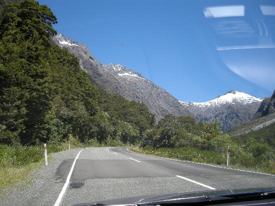 View on road to Milford sound