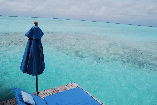 Anantara Veli Maldives Resort: dock view