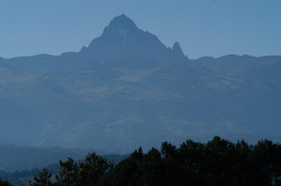 Fairmont Mount Kenya Safari Club: Morning view!