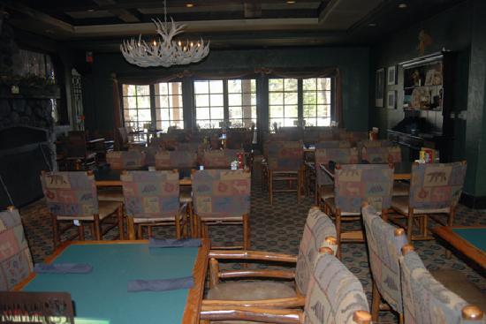 Jackalope's Bar & Grill at Tenaya Lodge: Dining Room at Jackalope's at the Tenaya Lodge