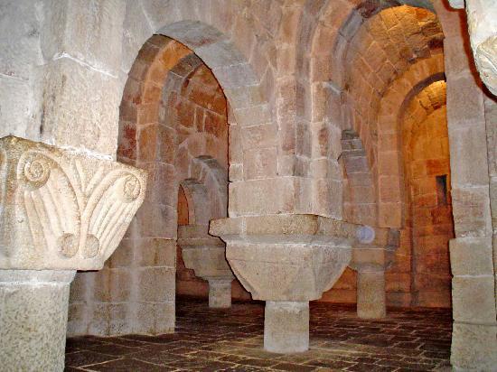 Yesa, Spanien: vista de la cripta