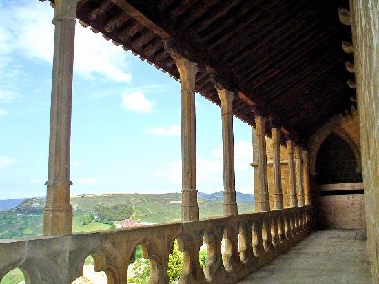 Navarra, Spanje: impresinonates vistas desde la galería de la fortaleza