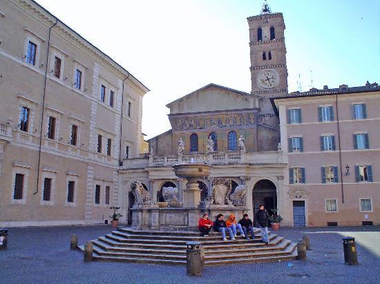 Santa maria in trastevere el barrio bohemio de roma for Hotel trastevere rome